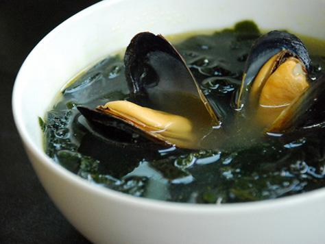 korean style seaweed soup korean style seaweed soup korean style ...